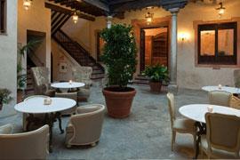 hotel-casa-1800